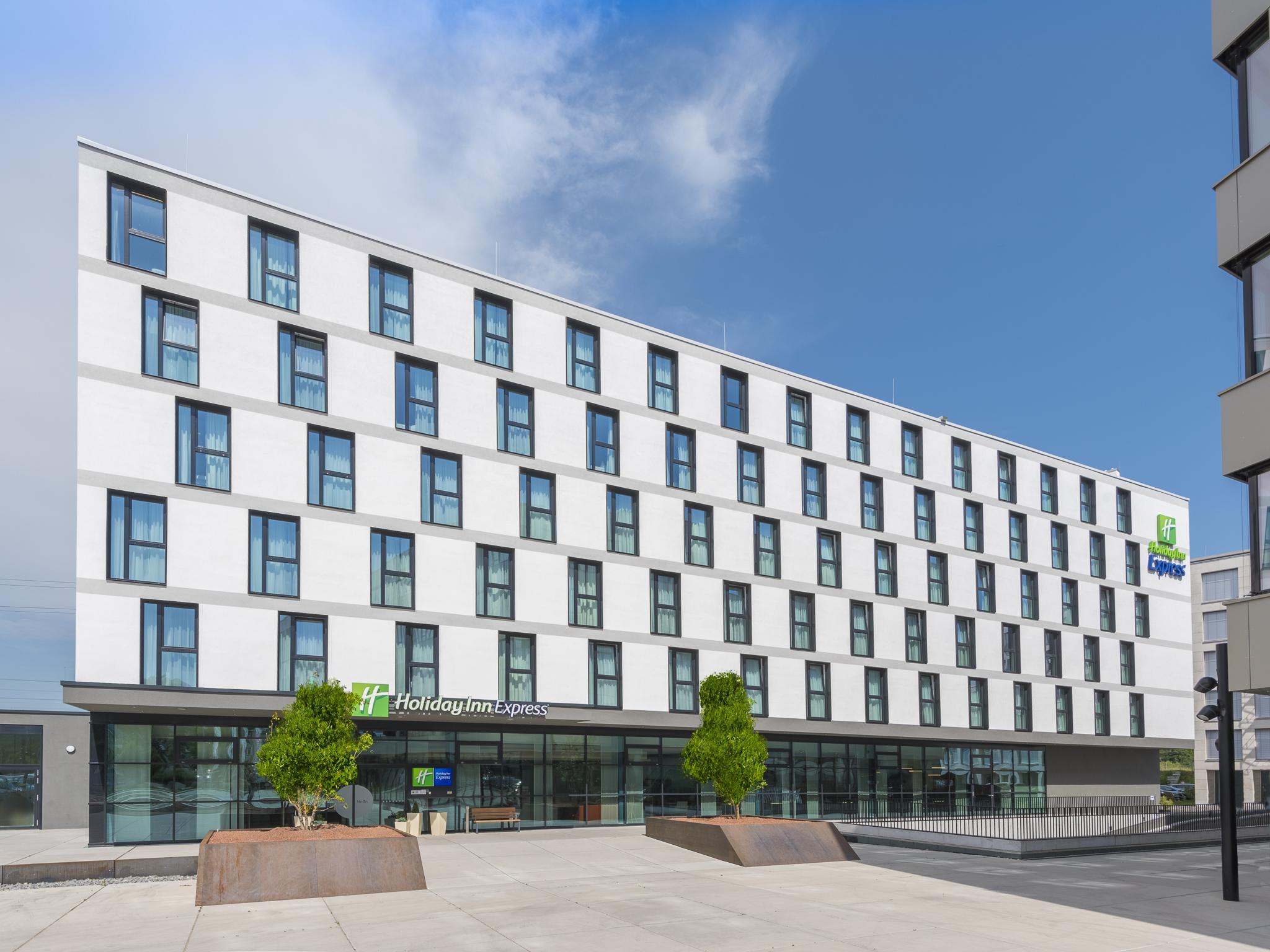 best website b0427 47ab7 Holiday Inn Express Freiburg - City Centre - Foremost ...